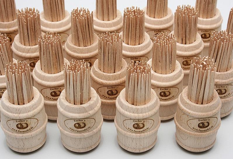 Zahnstocher-Fässchen aus Holz